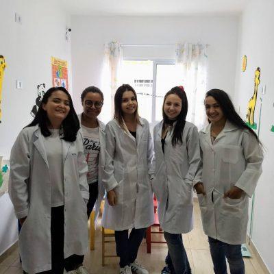 1 Thais Moura,Mariana Carrijo,Gyovana Toniolo,Thaina Viana e Alessandra Alves
